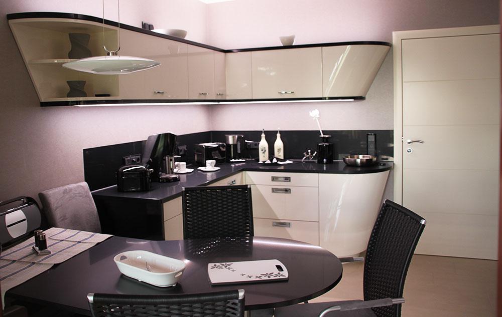 hochwertige k chenm bel. Black Bedroom Furniture Sets. Home Design Ideas